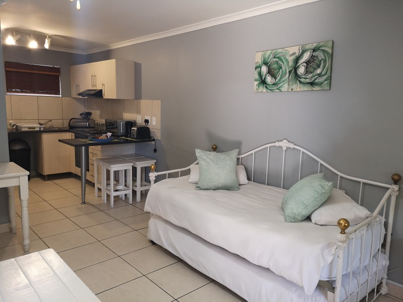 2 bed apartment (3)